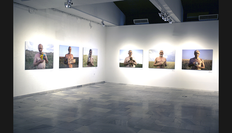 Sofia City Art Gallery, 0 for Black, 1 for White, exhibition view, 218
