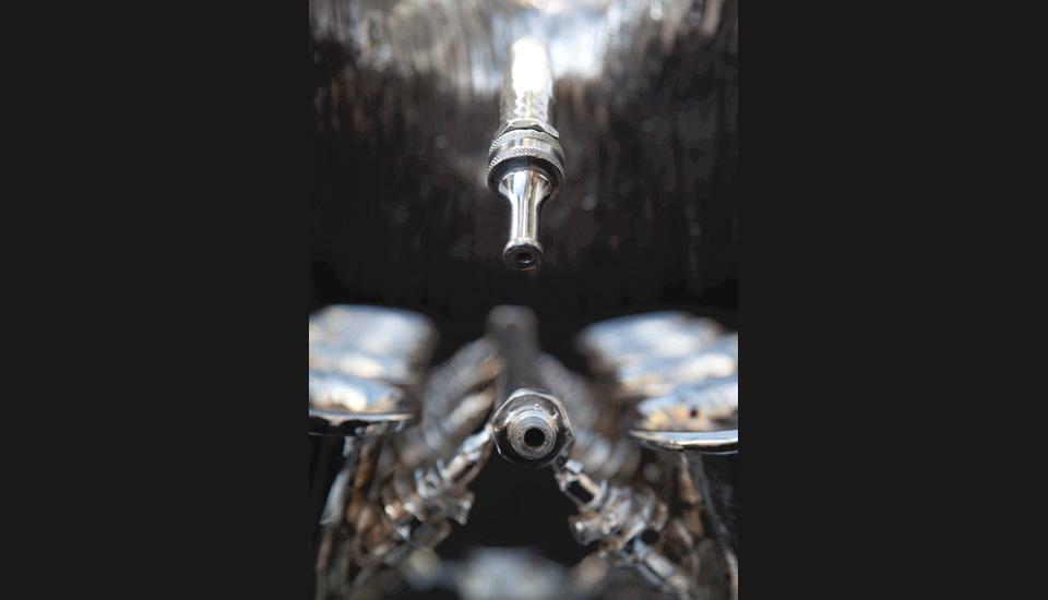 Organon, lambda on alluminium, 120 x 170 cm, 2011